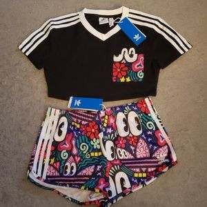Adidas Doodlebombing Crop Top & Shorts SET